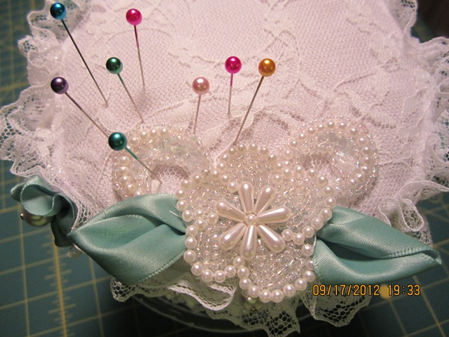 Name:  cake pincushion 003.JPG