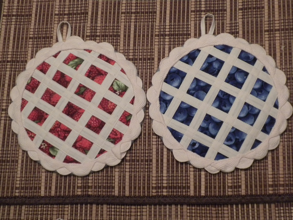 quilted pie pot holders potholder patterns hotpads sewing pies fabric quiltingboard pads quilt instructions binged