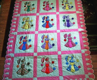 Name:  Antique quilt by Ruth Dixon - 1930-1940.jpg