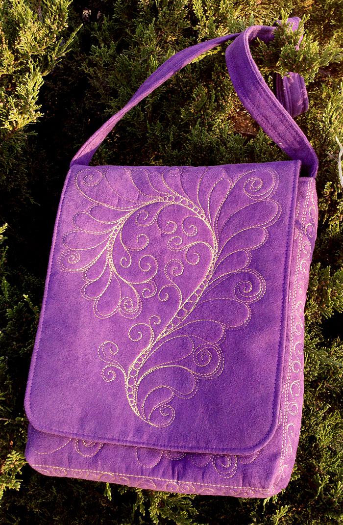 Name:  Bag-iPad-PurpleYellow.jpg Views: 1002 Size:  348.4 KB