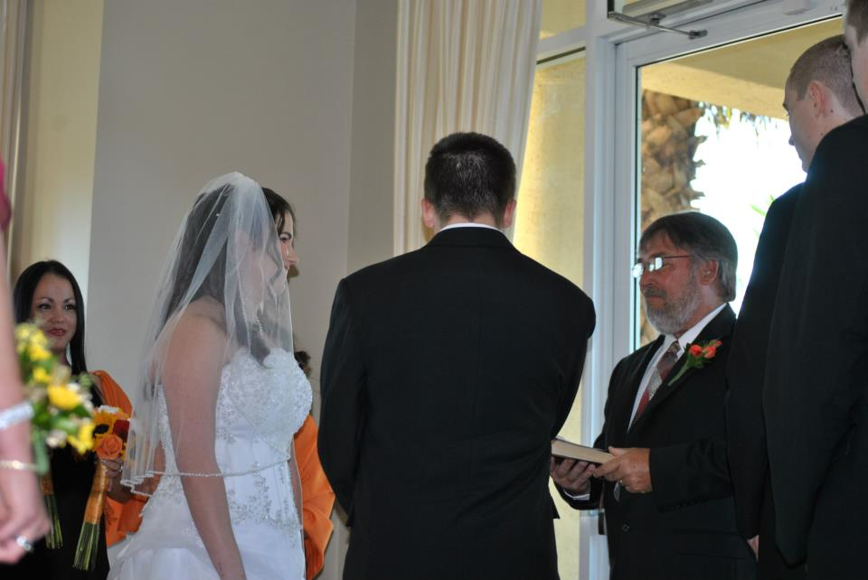 Name:  Kellie and Bobby with Mike.jpg Views: 71 Size:  51.9 KB