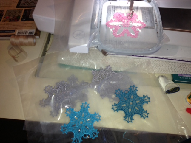 Name:  Snowflakes12.JPG Views: 1417 Size:  97.4 KB