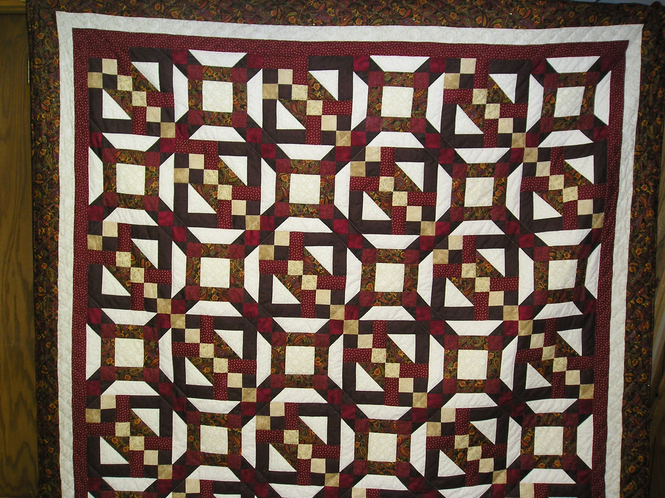 Name:  2013 raffle quilt 002.jpg