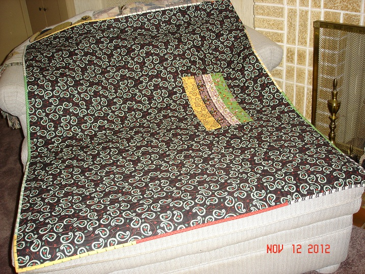 Name:  2012 Christmas Quilt back.jpg