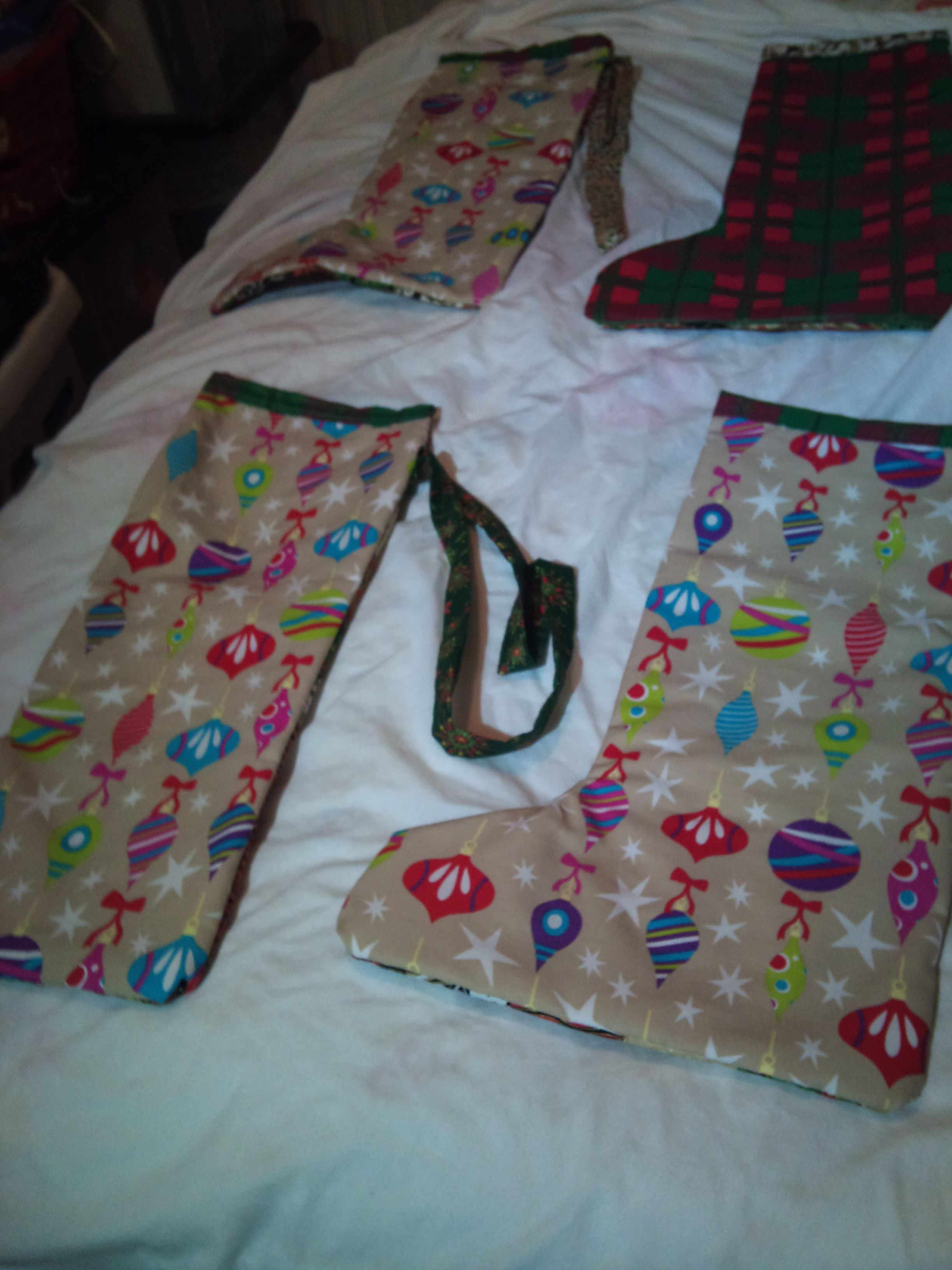 Name:  Xmas Stockings backs resized.jpg