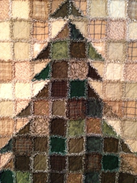 Christmas Tree Rag Quilt