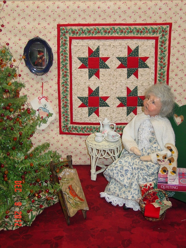 Name:  mini xmas quilt portrait 12,12 003.JPG