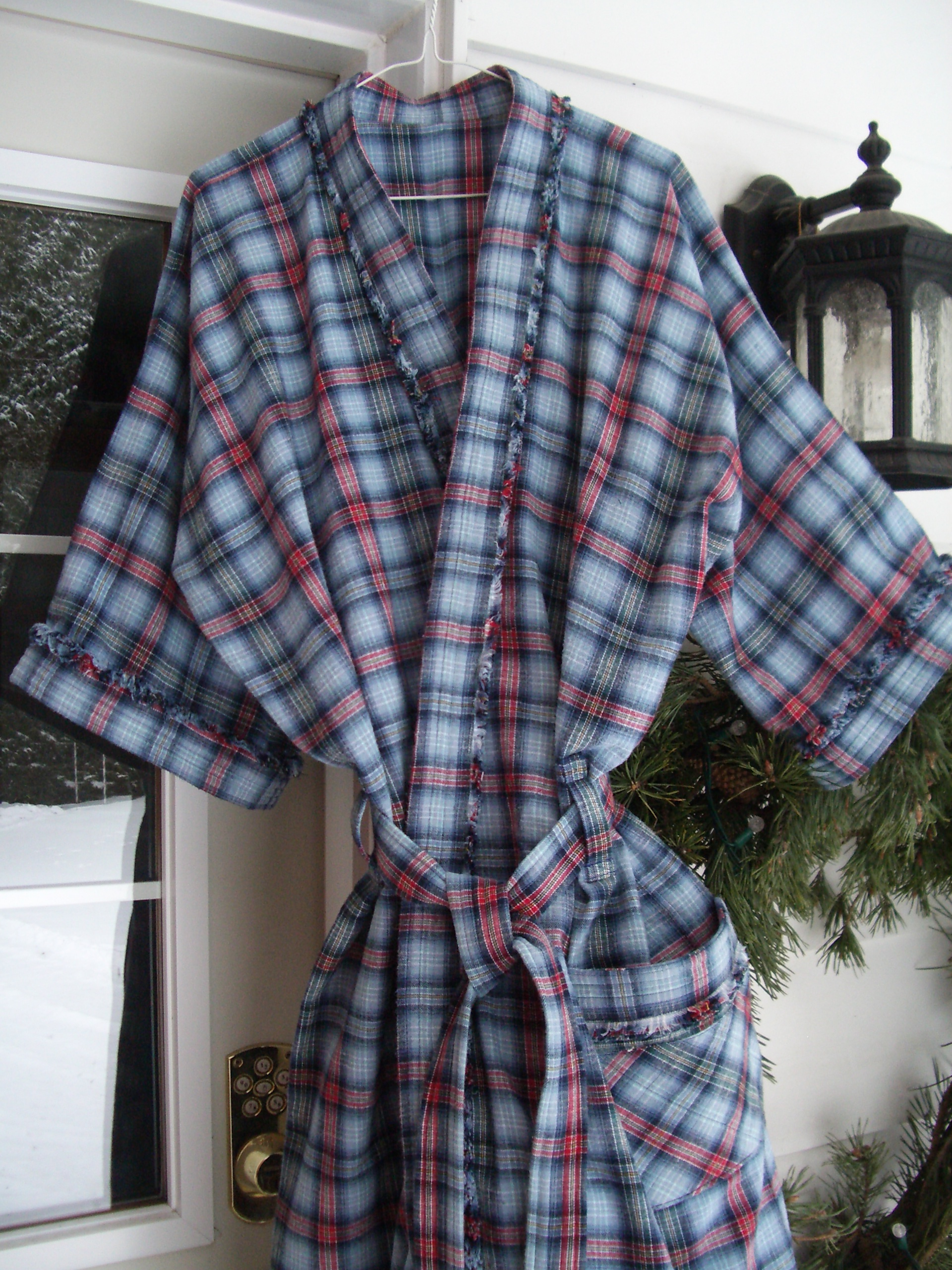 Name:  Housecoat 010.jpg Views: 4699 Size:  1.53 MB