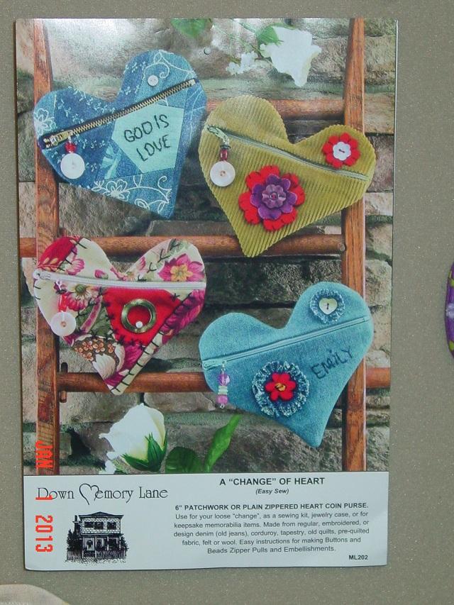 Name:  heart coin purse 2013 001.JPG Views: 4940 Size:  275.8 KB