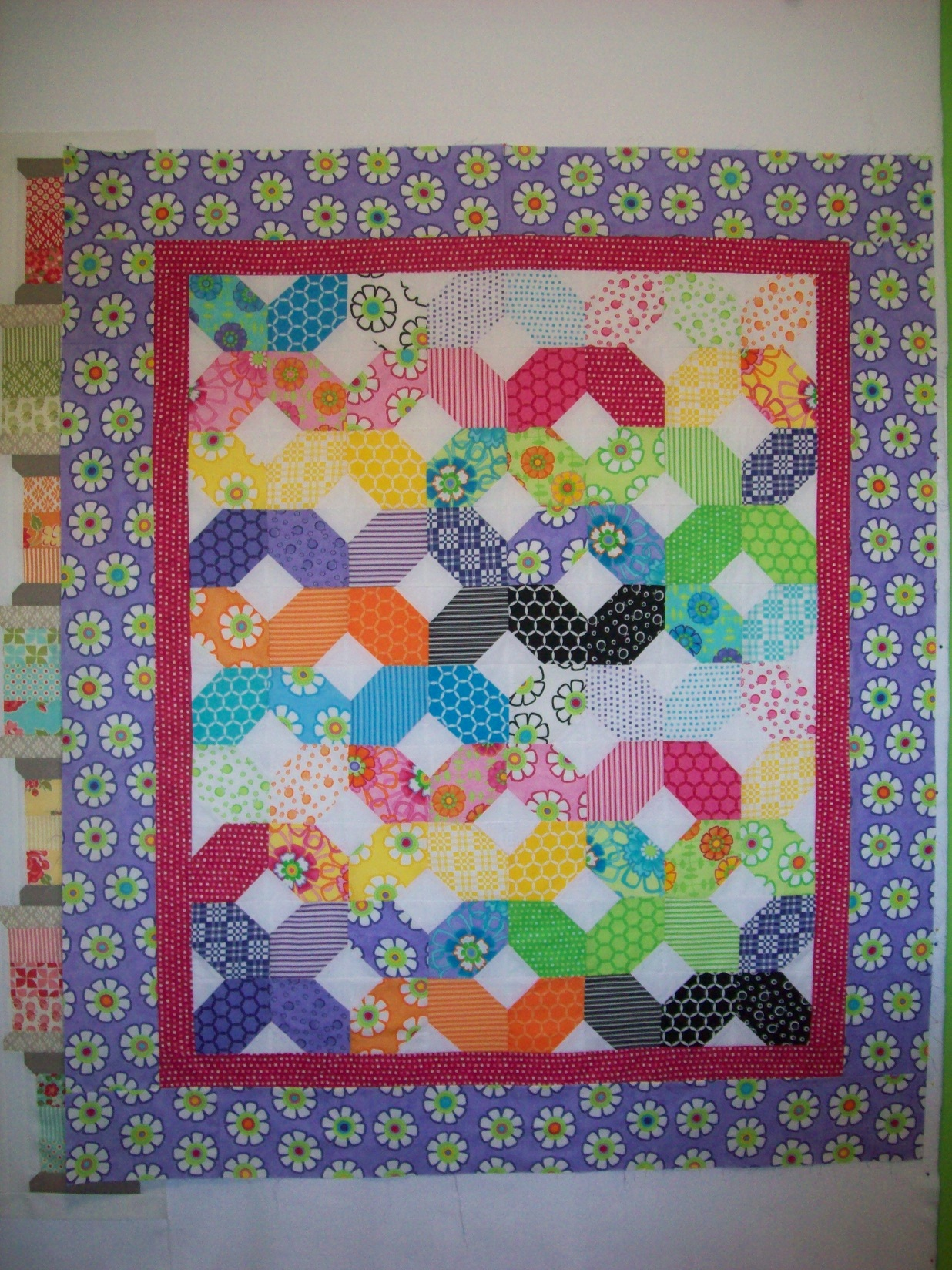 Name:  Good Morning Baby Quilt 2013 - Copy.JPG Views: 1880 Size:  866.4 KB