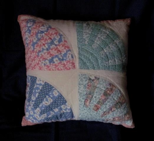 Name:  Vintage Fan Pillow.jpg Views: 3793 Size:  76.6 KB