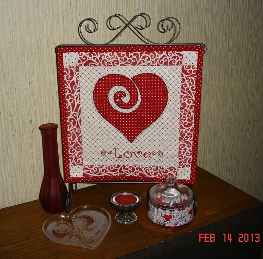 Name:  Valentine mini.jpg Views: 1526 Size:  158.1 KB