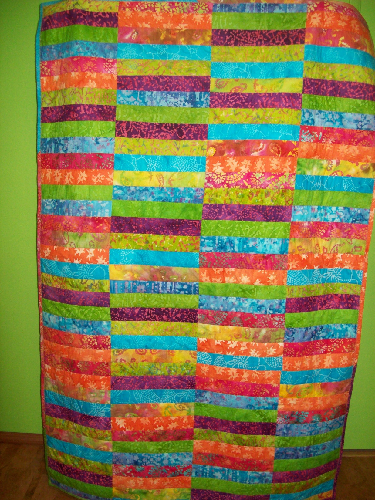 Name:  A's First Quilt 2-2013  sm.JPG Views: 3722 Size:  894.8 KB
