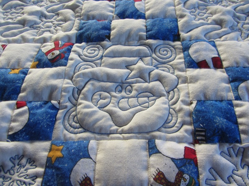 Name:  snowman quilt details 1.JPG