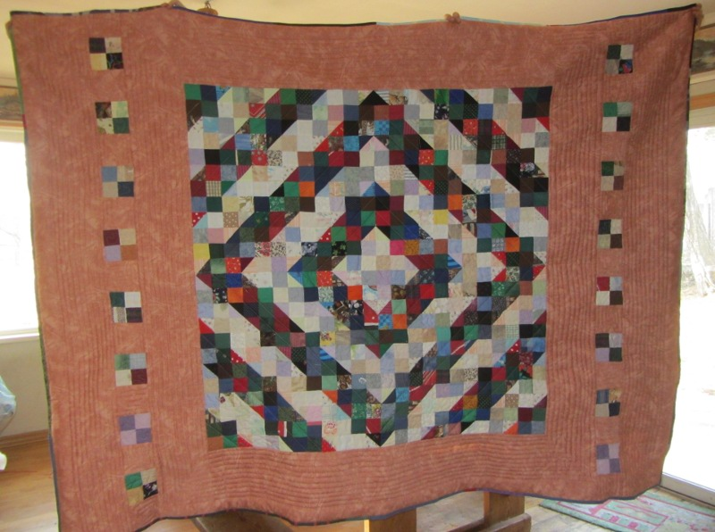 Name:  charity quilt 018.JPG Views: 1540 Size:  141.2 KB