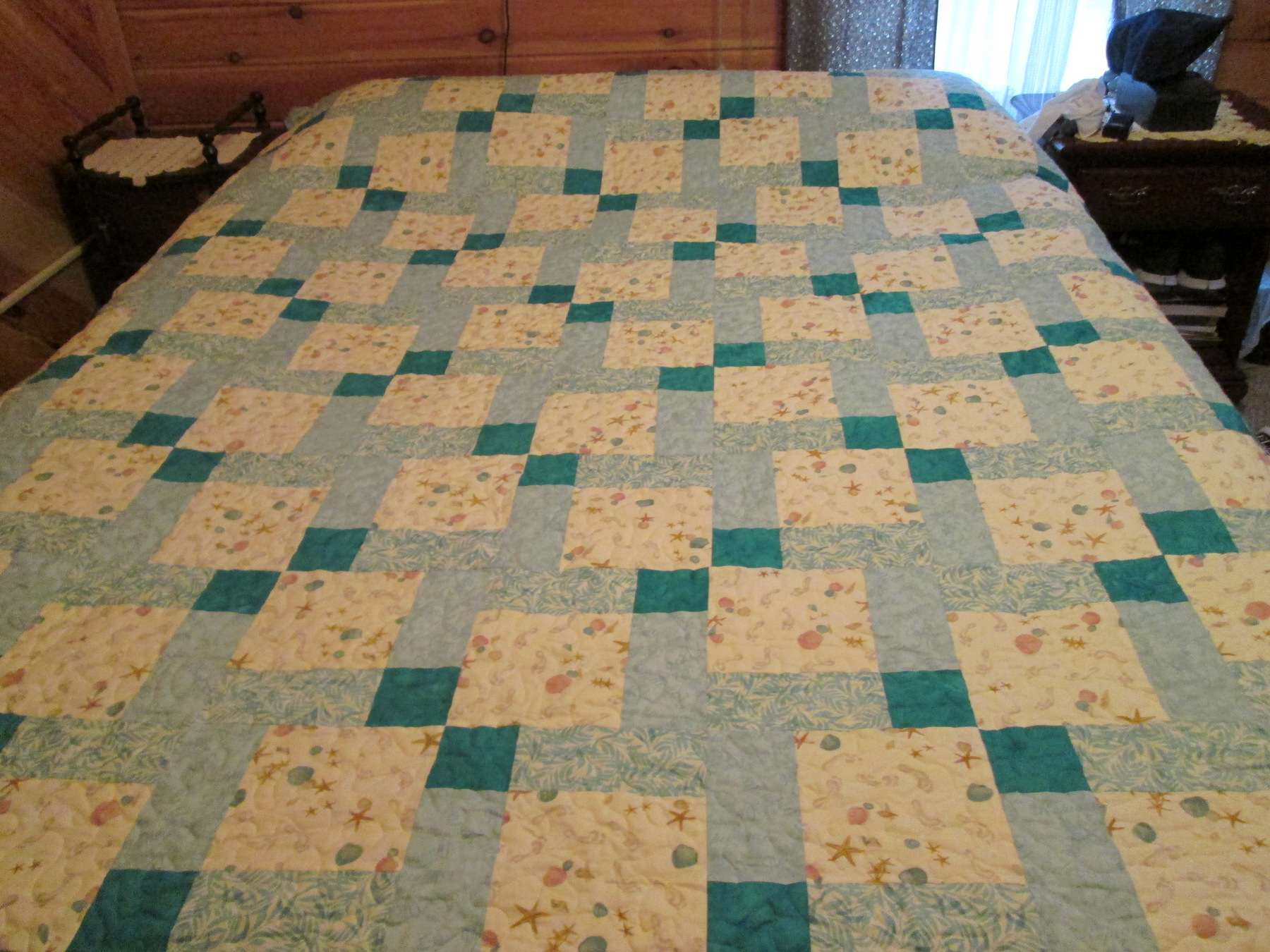 Name:  Quilt for Doug and Paige 10 22 12.JPG Views: 1562 Size:  803.2 KB