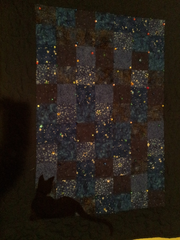 Name:  BLINGED CAT QUILT.jpg