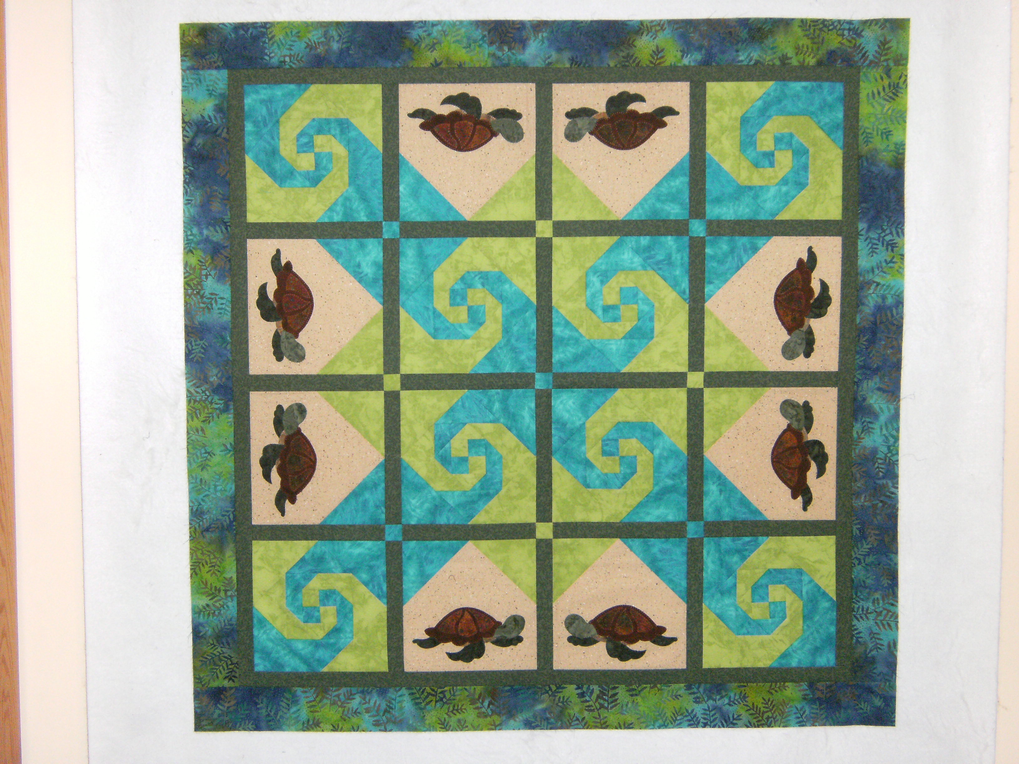 Name:  turtle quilt top.JPG