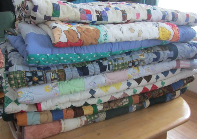 Name:  group of quilts.JPG