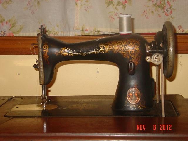 Name:  treadle machine 003.JPG Views: 478 Size:  107.1 KB