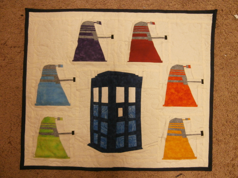 Name:  tardis dalek wall quilt.JPG