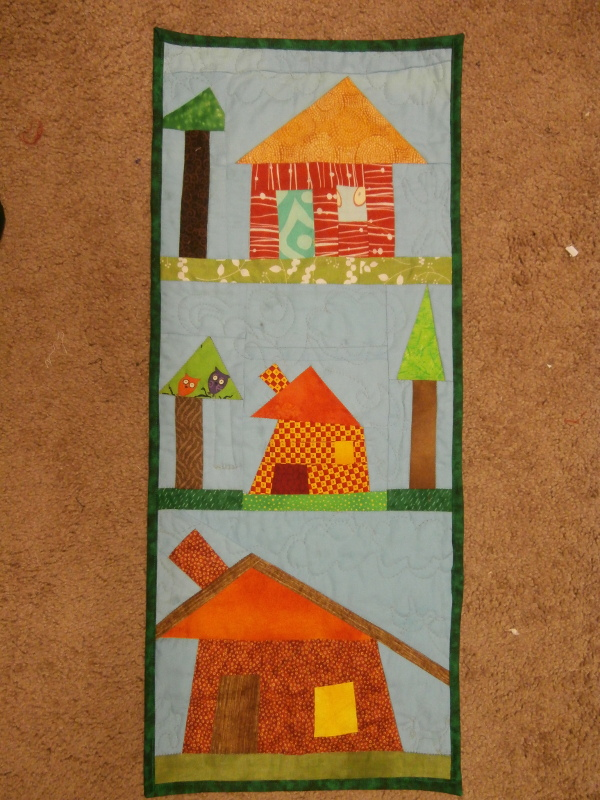 Name:  houses wall quilt.JPG