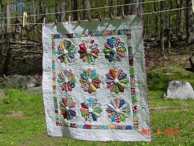 Name:  DP baby quilt finished + pheobe 012.JPG Views: 1404 Size:  236.1 KB