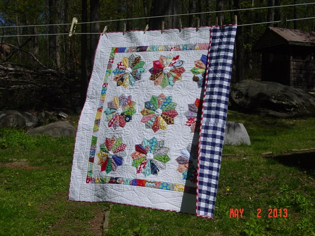 Name:  DP baby quilt finished + pheobe 014.JPG Views: 1410 Size:  183.4 KB