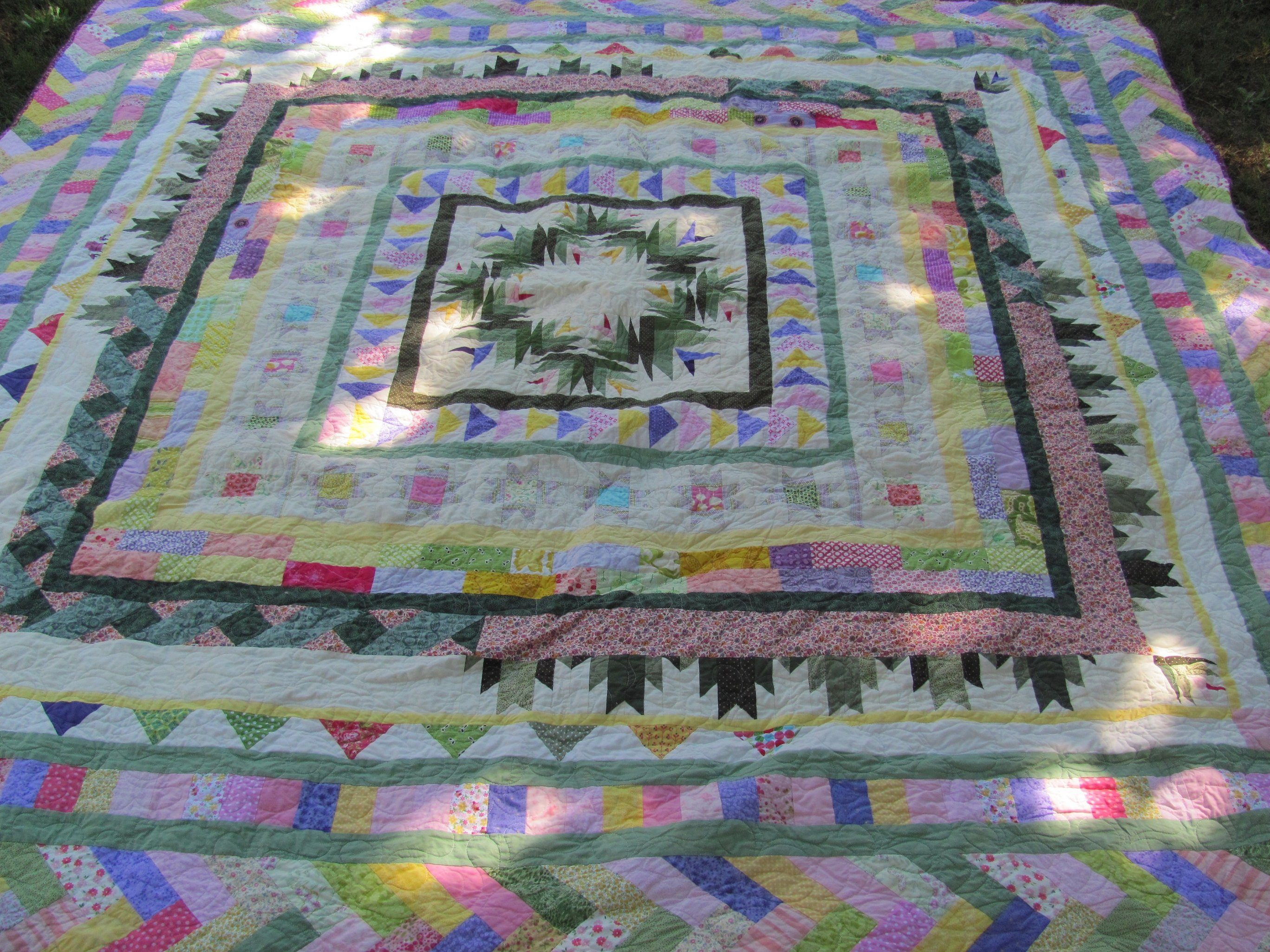 Name:  Finished quilts APrilMay 006.jpg Views: 4036 Size:  1.11 MB