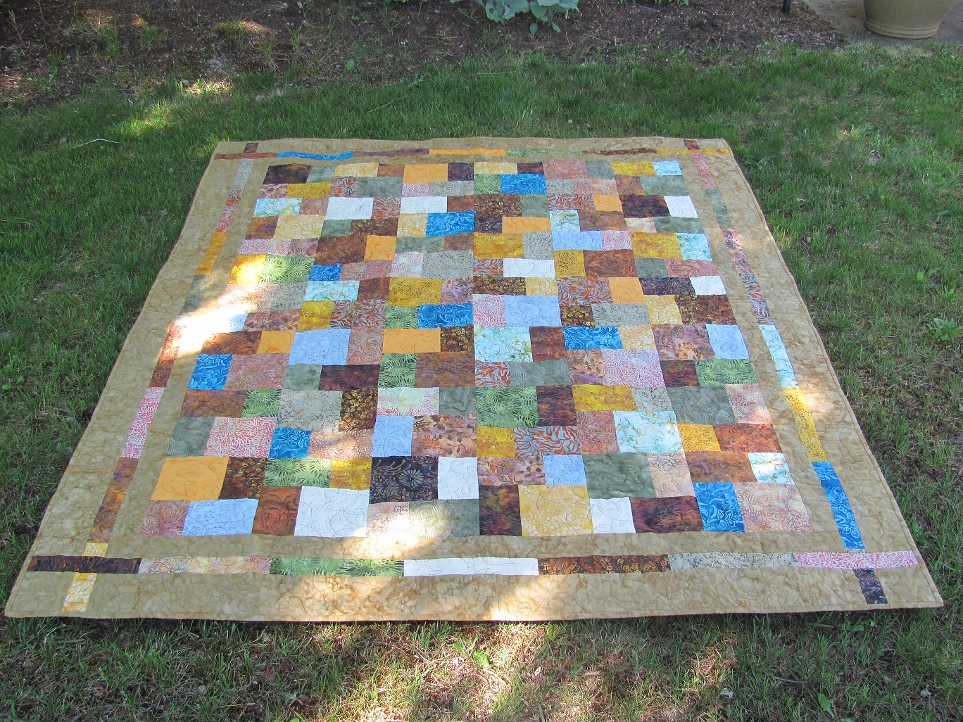 Name:  Finished quilts APrilMay 001.JPG Views: 4043 Size:  848.7 KB