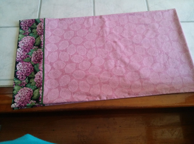 Name:  1-Hydrangea pillowcase.jpg Views: 5721 Size:  117.9 KB