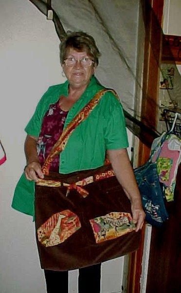 Name:  moms overnight bag.jpg Views: 940 Size:  49.7 KB