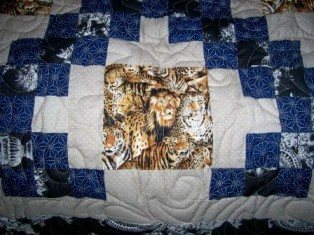 Name:  Kevin and Robin's quilt 2008 4.jpg