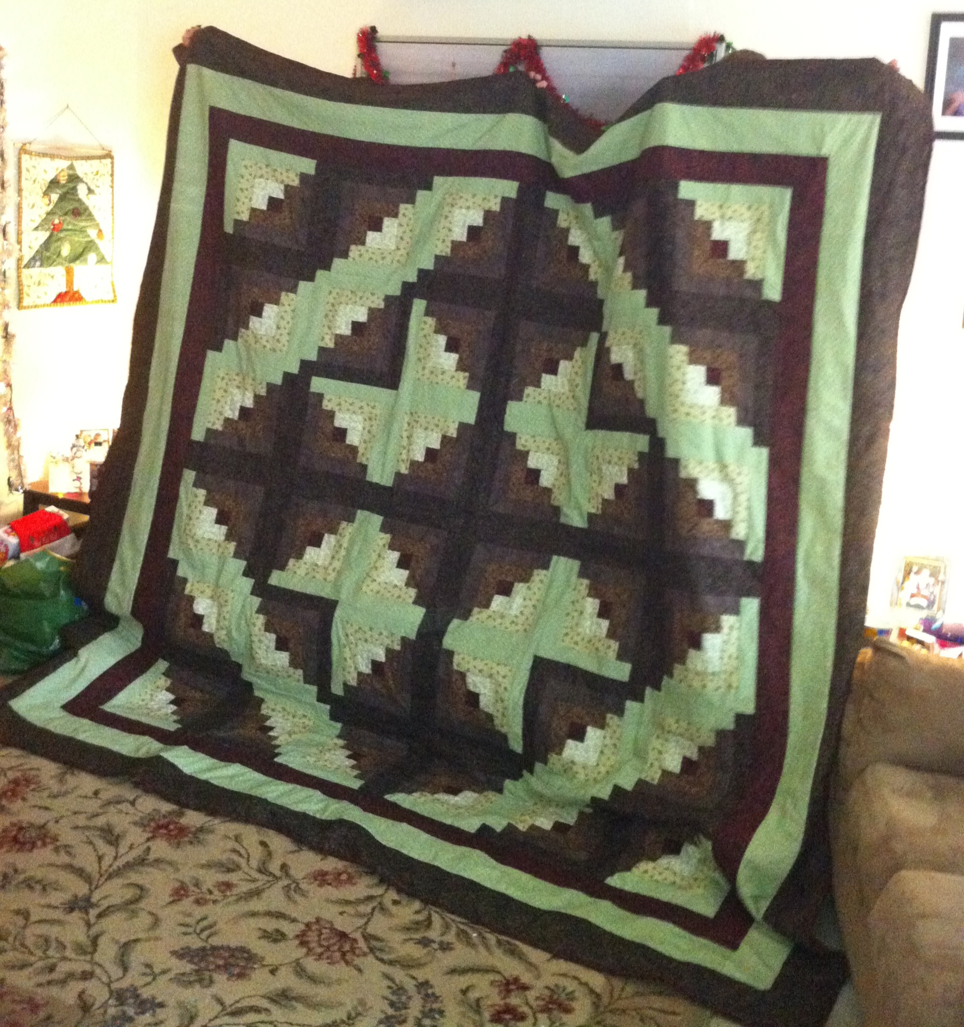 Name:  log cabin quilt.JPG