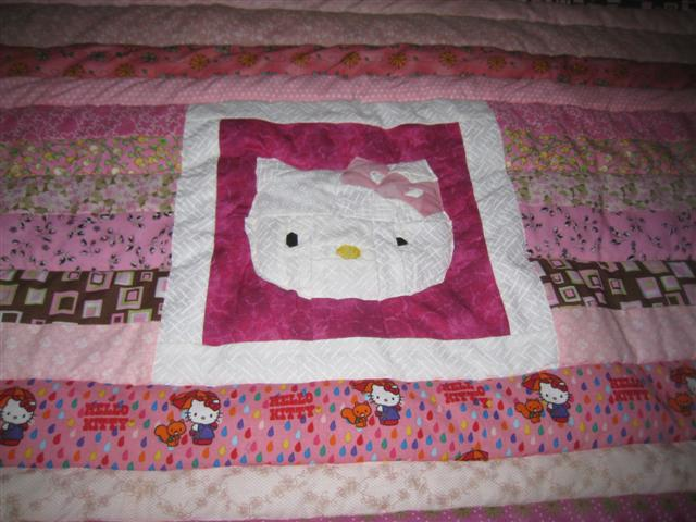 Name:  Hello Kitty Pillow 008 (Small).jpg