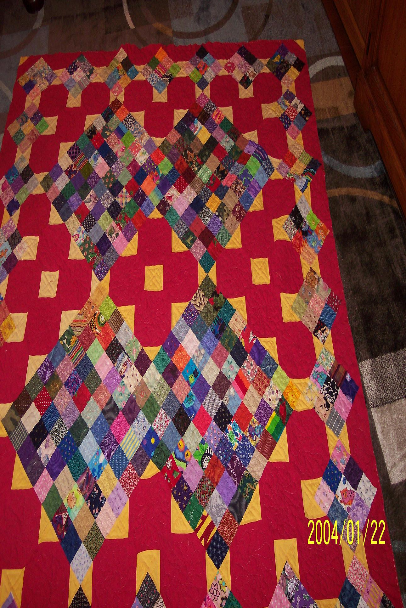 Name:  red quilt 002.jpg