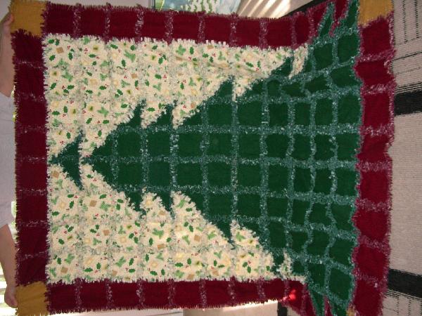 Rag Quilting Christmas Tree