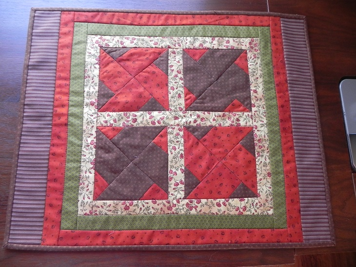 Name:  little quilt 2014 aug 23 004.JPG Views: 3674 Size:  215.0 KB