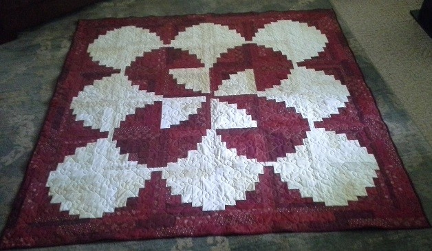 Strawberries And Cream Curved Log Cabin Quilt Quiltingboard Forums