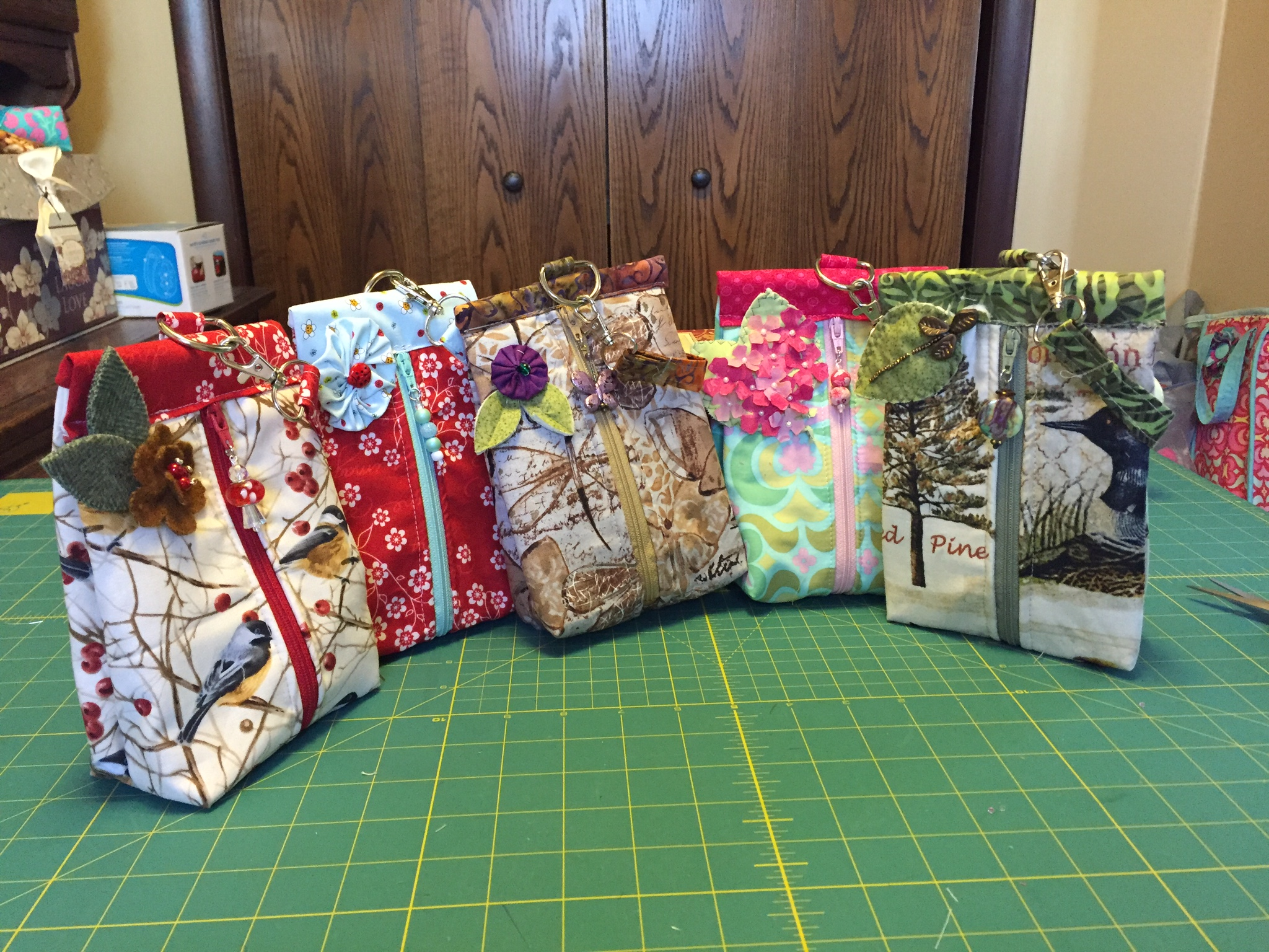 Suzy/'s Sack A Sewing Pattern for Sack Bags