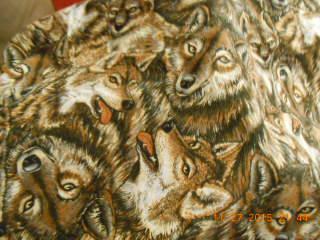 Name:  wolf quilt Dec. 2015.jpg Views: 2590 Size:  79.6 KB