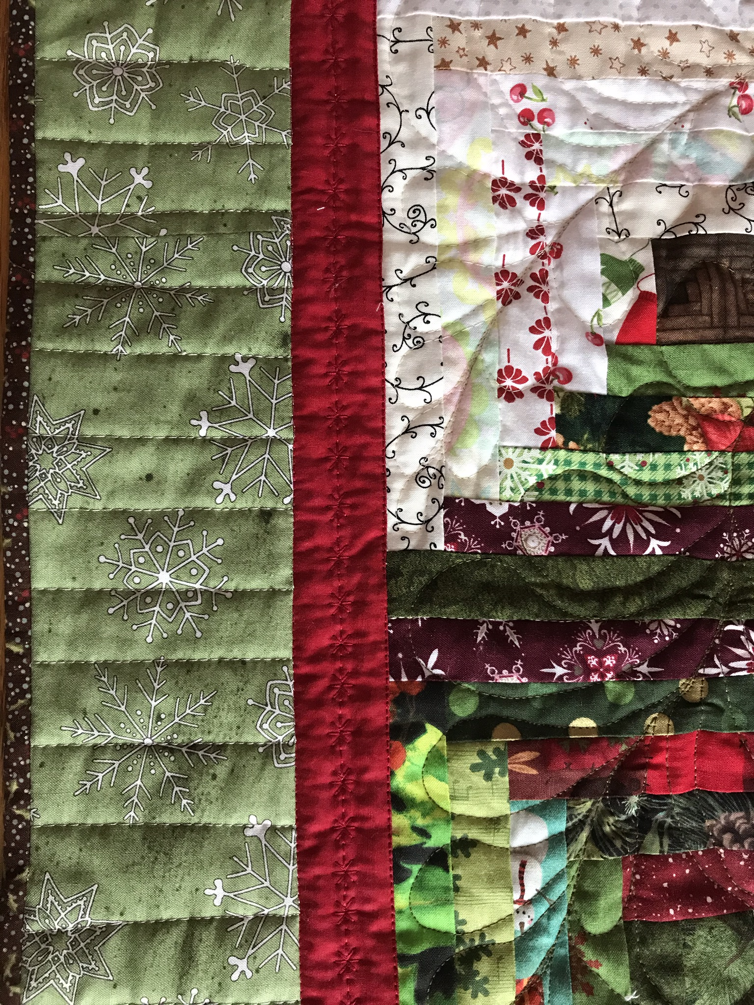 Log Cabin Christmas Tree Quilt.Quilting Board