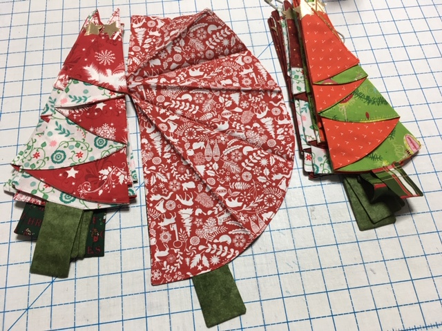 Name:  placemats-napkins.JPG Views: 2045 Size:  192.9 KB