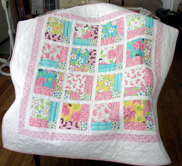 GIRLY BABY QUILT
