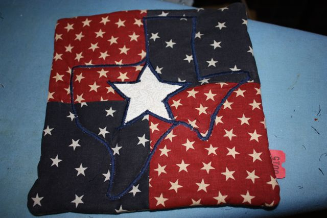 Name:  Finished Pot Holder (Star Side).jpg