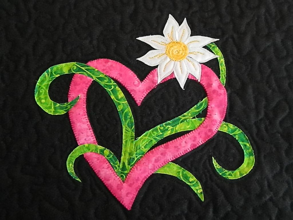 Name:  Love Grows Wall Hanging 009.JPG