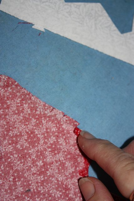 Name:  Applique Tute Glueing the Edge for TX #16.jpg