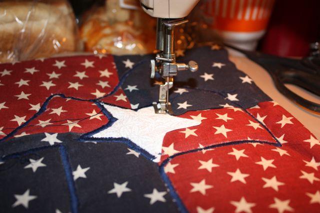 Name:  Applique Tute Satin Stitch the Star #3.jpg Views: 722 Size:  49.2 KB
