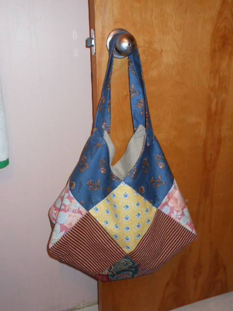 Name:  quilt square bag tutorial pics 068.JPG Views: 932 Size:  140.2 KB