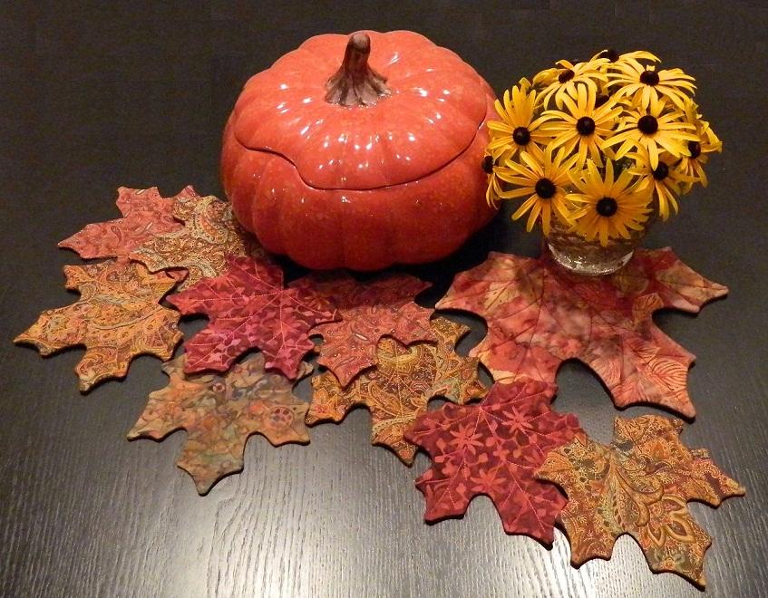 Name:  Maple Leaf Mug Rug and Coasters.jpg Views: 721 Size:  267.1 KB